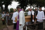 Pogrzeb proboszcza (81).JPG